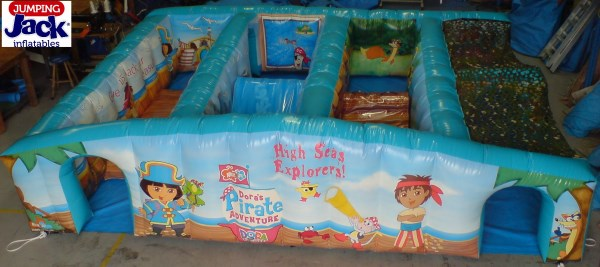 dora obstacle inflatables